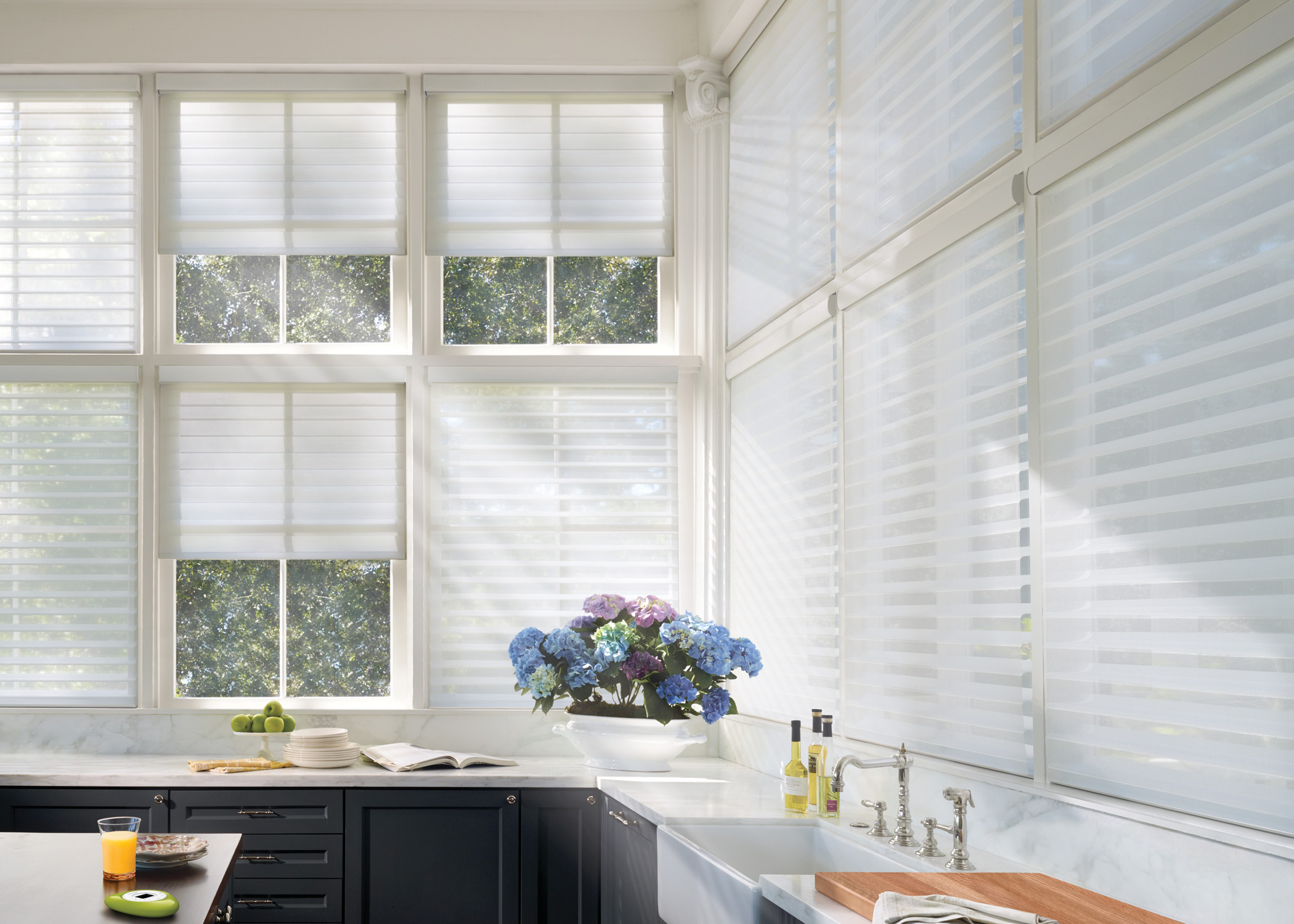 Shades in penticton penticton hunter douglas true colours for Hunter douglas motorized blinds troubleshooting